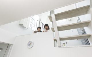 子どもたちがのびのびと遊べる家