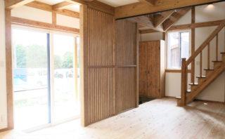 【完全予約制】ヒノキとサクラの床材を使った海近サイエンスの家